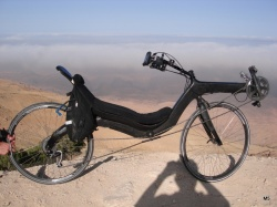 From Rome to Mekka by M5 Carbon High Racer
